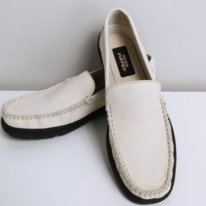 👞 NWOT - Cream Hush Puppies Loafers